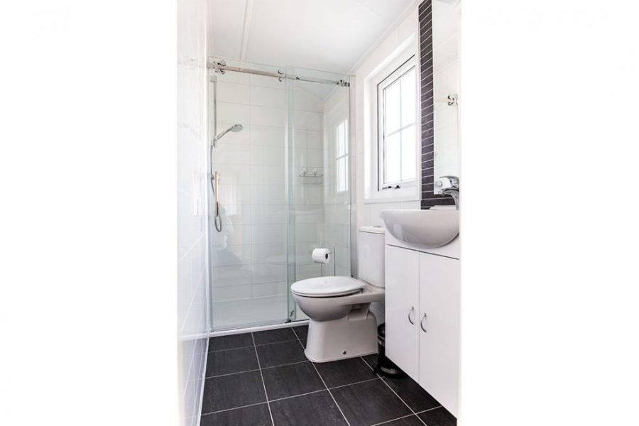 Chalet Luttikduin 16 badkamer
