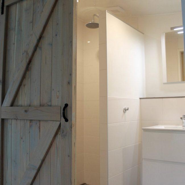 Villa Duynloper badkamer