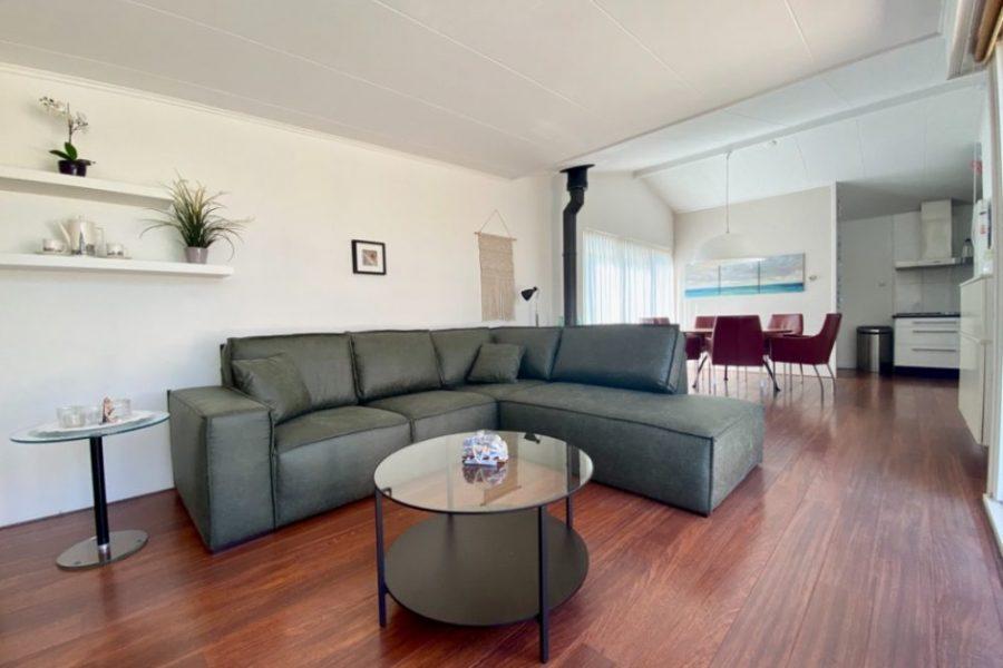 Villa Springtij woonkamer