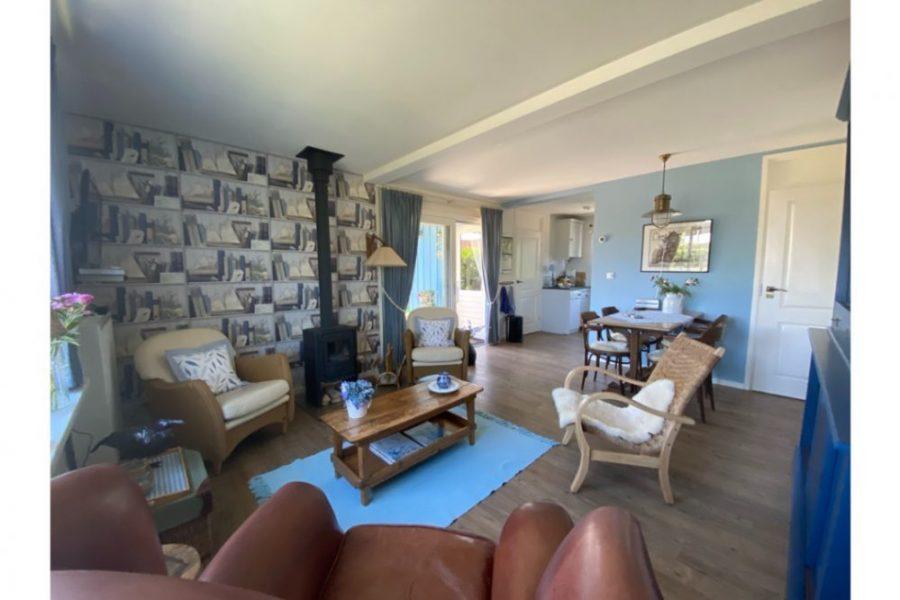 Blue Bay Cottage woonkamer