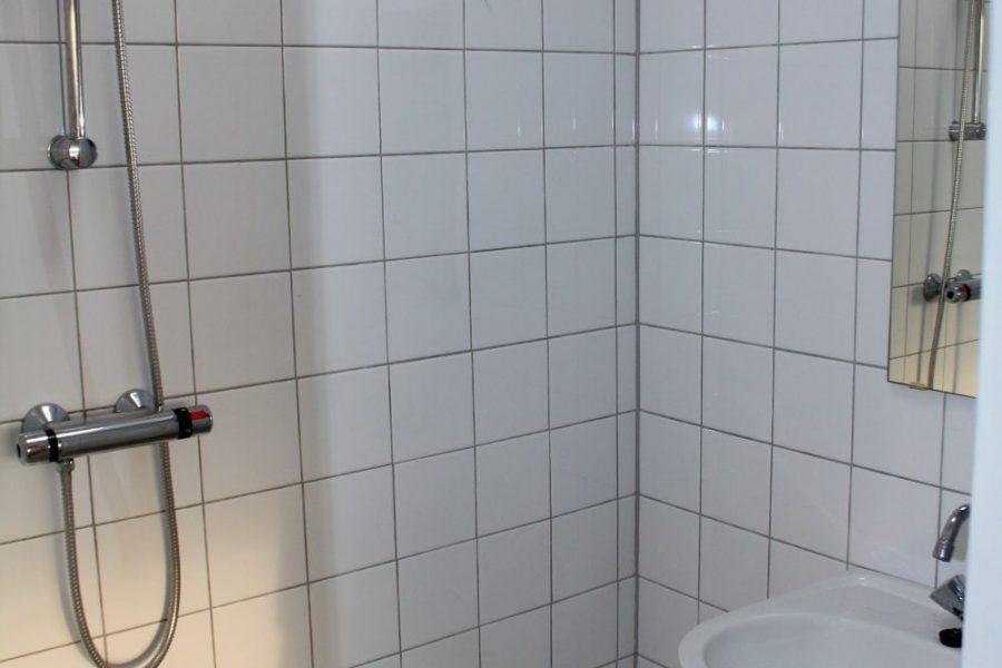 Garnekuul 84 badkamer